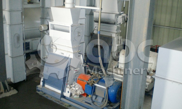 poultry feed production crushing equipment